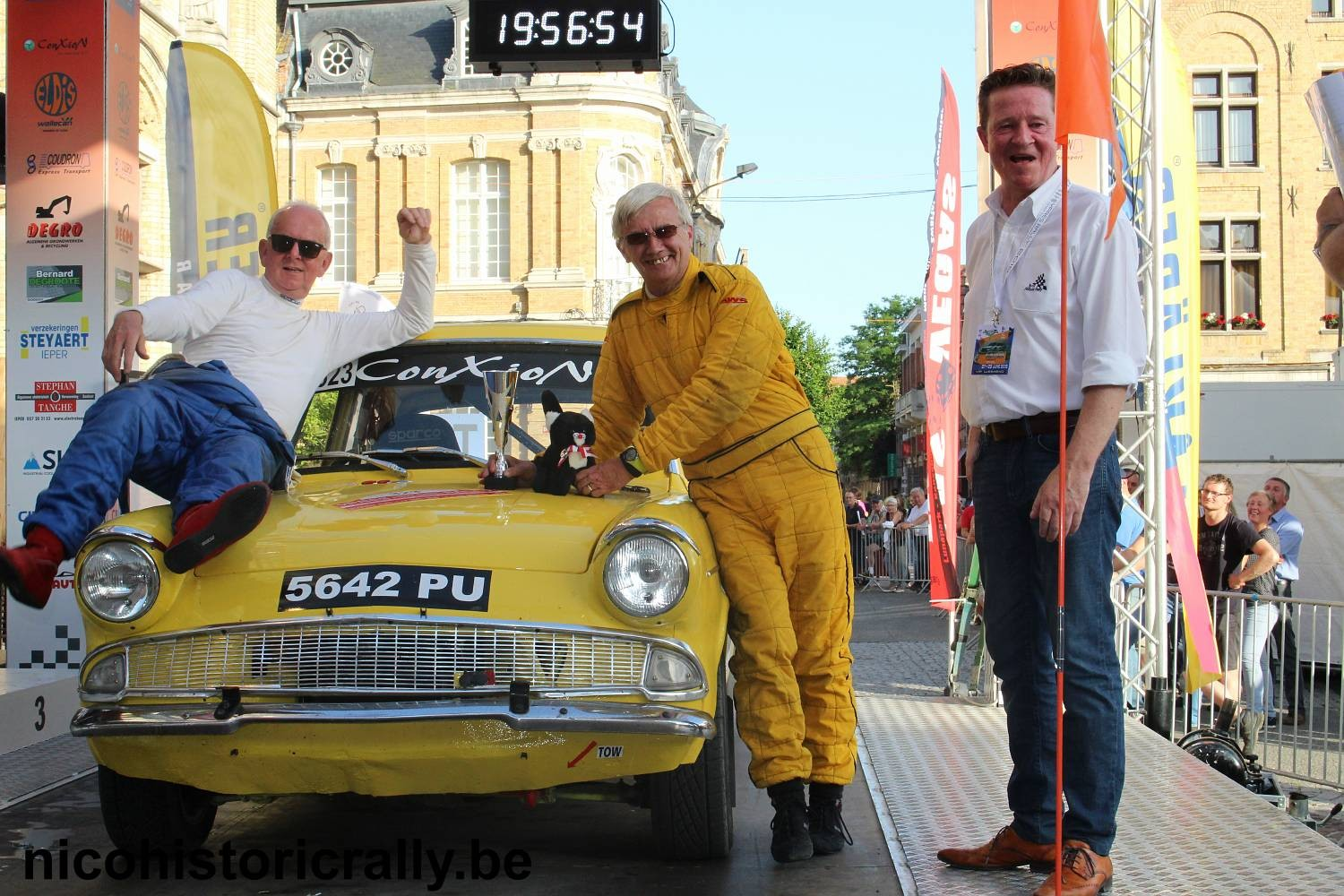 Foto-album podium Ypres HISTORIC RALLY is toegevoegd.